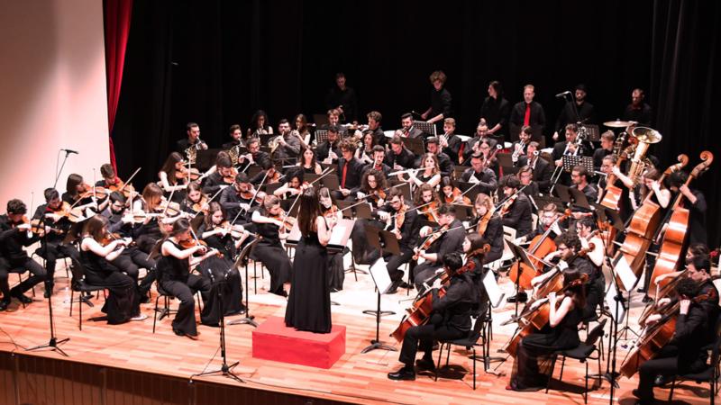 Danzando tra teatro e cinema – AYSO in Concerto